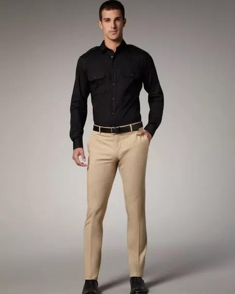 黒ベルト黒靴